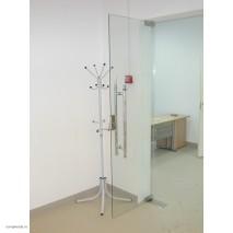 Двери в офисе